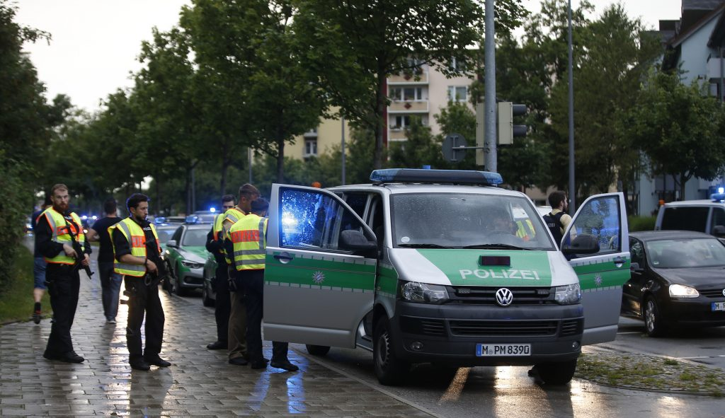 Munich Gunman Fixated on Mass Killing, Had No ISIS Ties