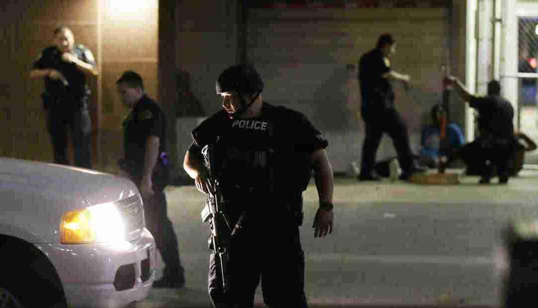 War on Police in Dallas, U.S.