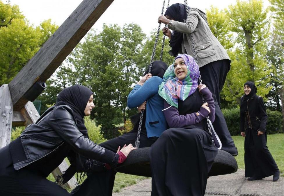 British Parliamentary Committee Warns of Discrimination against Muslim Women