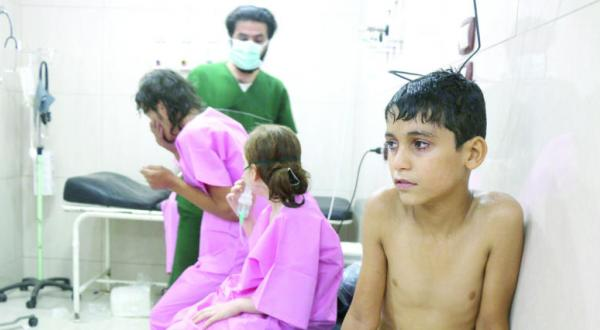 70 Cases of Suffocation After Barrel Bombs Are Dropped on Eastern Aleppo
