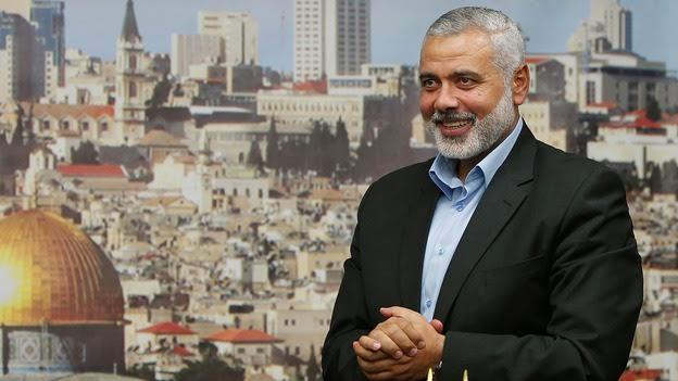 Sources: Hamas is Heading towards Choosing Haniyeh as Mashaal's Successor