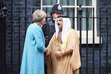 King Hamad Invites Theresa May to Join GCC Summit