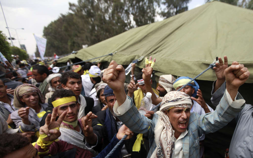 Makawi: Houthis Execute Iranian Orders