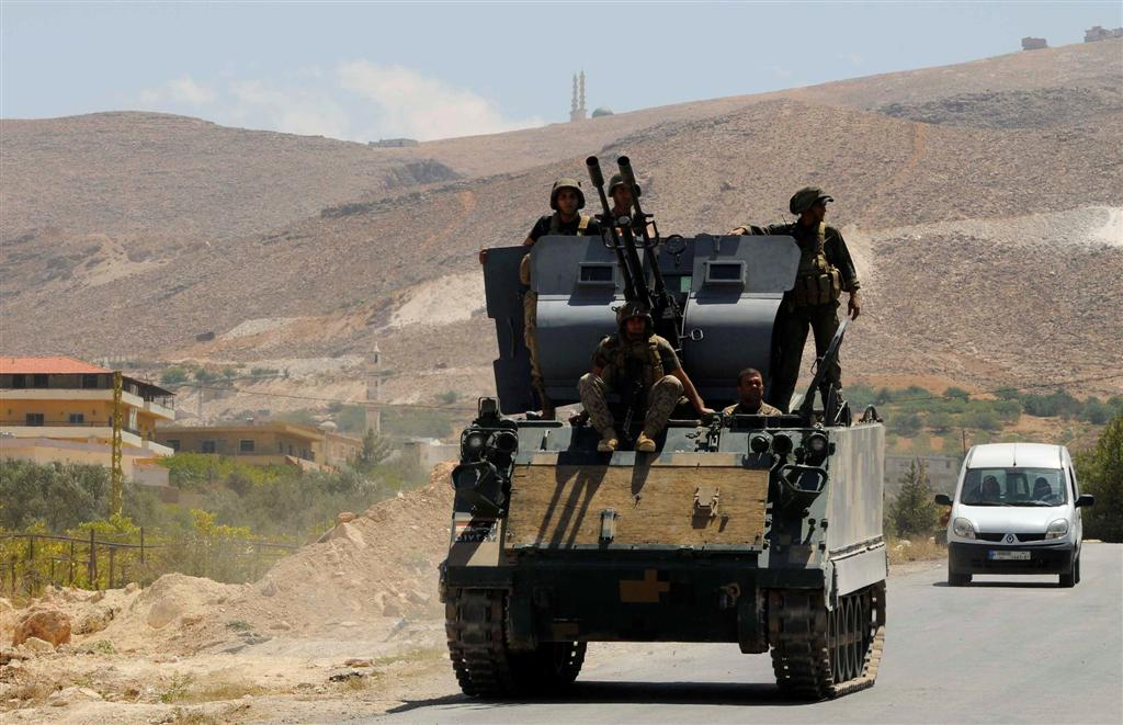 Lebanon Army Detains ISIS Commander, 10 other Jihadists near Syria Border