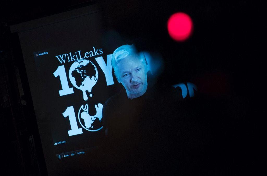 Julian Assange Questioned by Ecuadorian Prosecutors