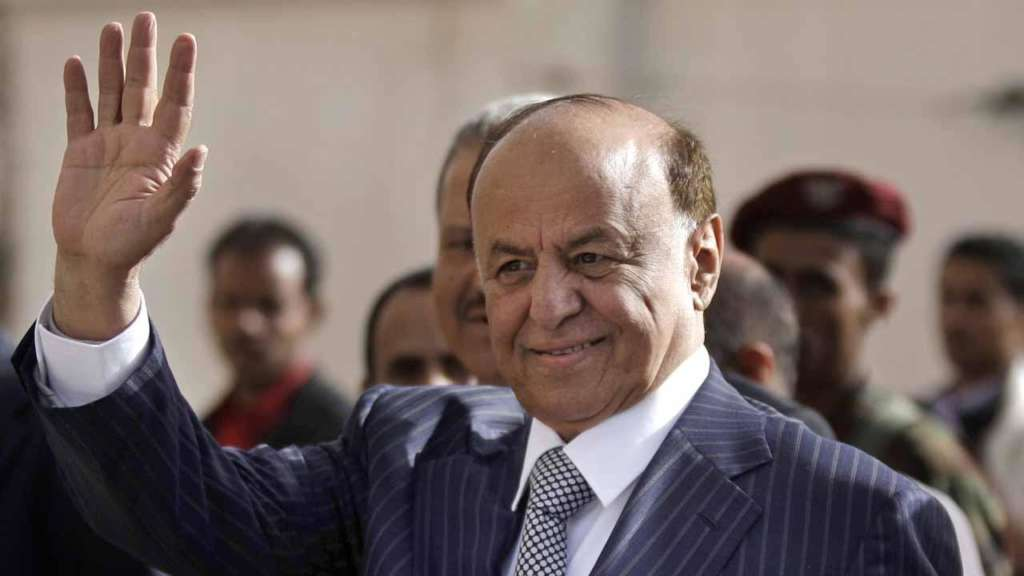 Hadi in Aden…Sources: He will Tackle Government Issues