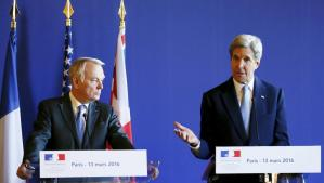 French Foreign Minister Jean-Marc Ayrault (L) and US Secretary of State John Kerry after the Paris talks on Syria.