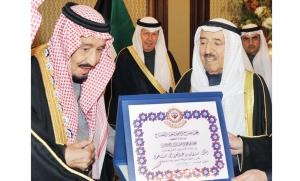 Saudi King awarded prestigious Kuwaiti Order.
