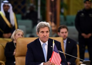 US Secretary of State John Kerry listens as he attends a meeting of the Quartet on the situation in Yemen, on December 18, 2016 in Riyadh