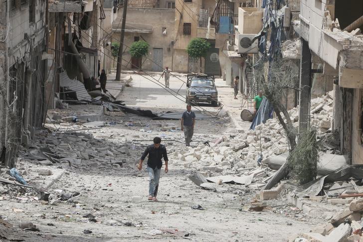 Aleppo Evacuation Suspended amid Dispute Over Villages