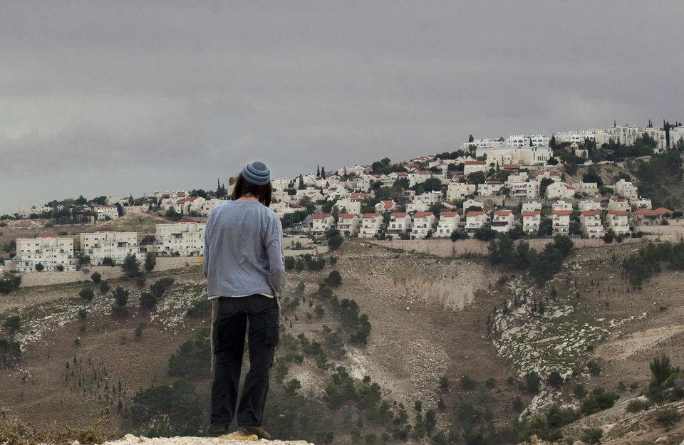 U.N. Security Council Demands Halt of Settlement Activity by Israel, U.S. Abstains from Voting