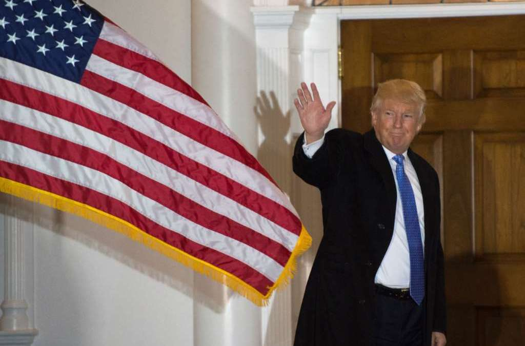 Trump Sets Stage for Iran Sanctions