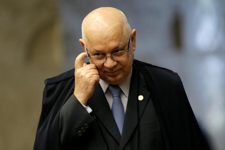 Plane Carrying Brazil Supreme Court Judge Crashes into Sea