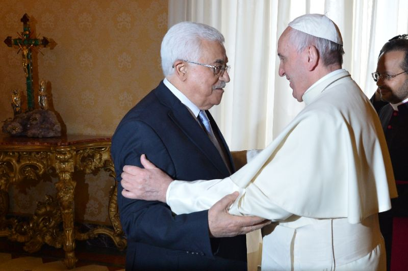 Abbas Meets Pope, Says U.S. Embassy Move would Hurt Peace