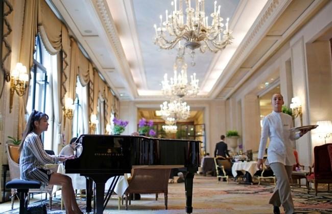 Four Seasons Hotel George V Home to Three Michelin-starred Restaurants