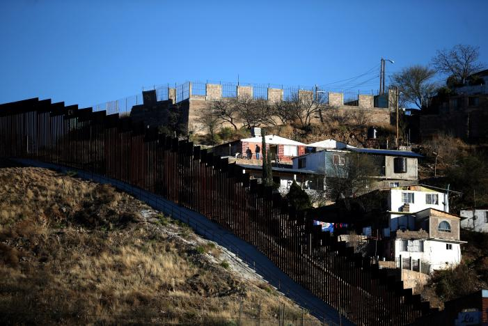 Trump Administration Considers Separating Women, Children at Mexico Border
