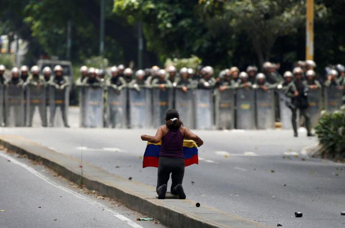 50 Children Evacuated from Caracas Hospital as Violent Rallies Continue in Venezuela