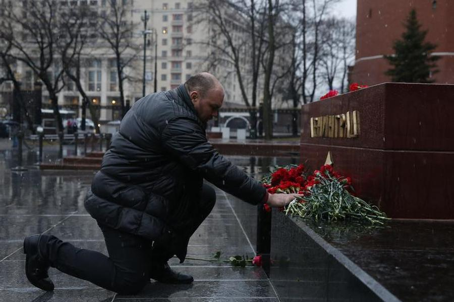 Russian Authorities Face New Challenges in Wake of St. Petersburg Blast