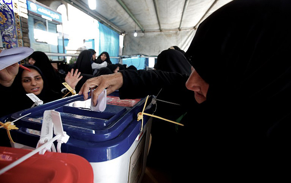 Five Conservatives Running against Rouhani in Iran's Presidential Polls