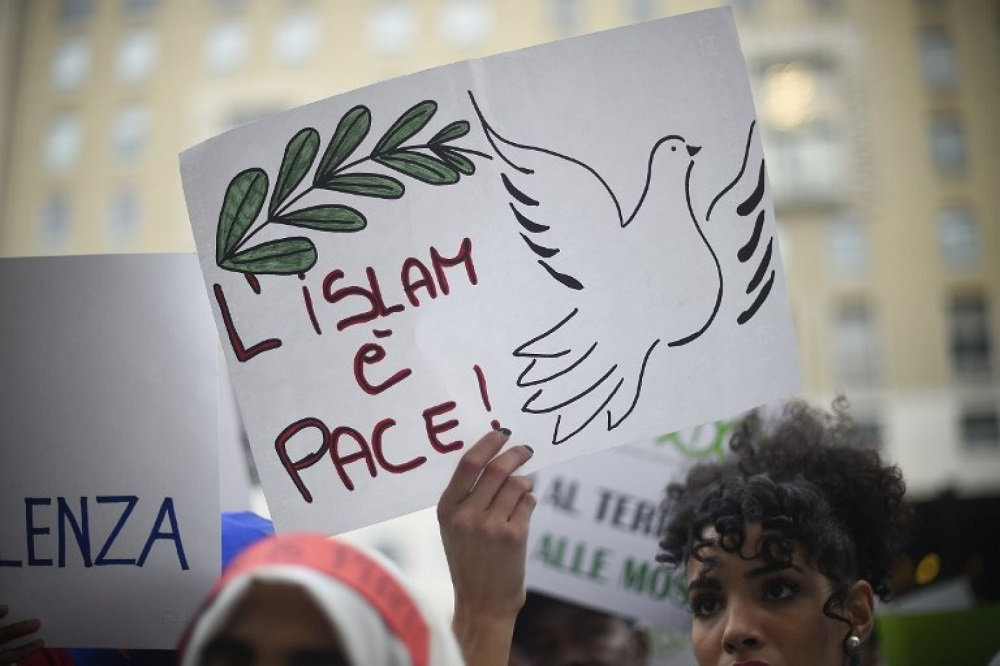 Terrorism and the Global Crisis of Modernity: From Islamophobia to Democratization