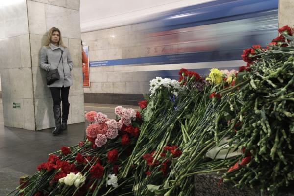 Russia Arrests Suspected Accomplices of St. Petersburg Bomber
