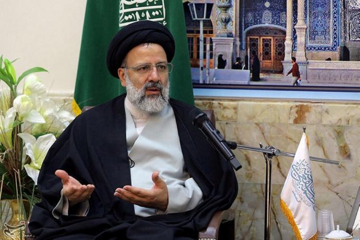 Iranian Academics Call on Khamenei to Implement Radical Changes