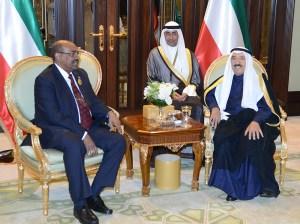 Kuwait Emir Sheikh Sabah Al-Ahmad Al-Jaber Al-Sabah receives President of Sudan Omar Al-Bashir in 2014