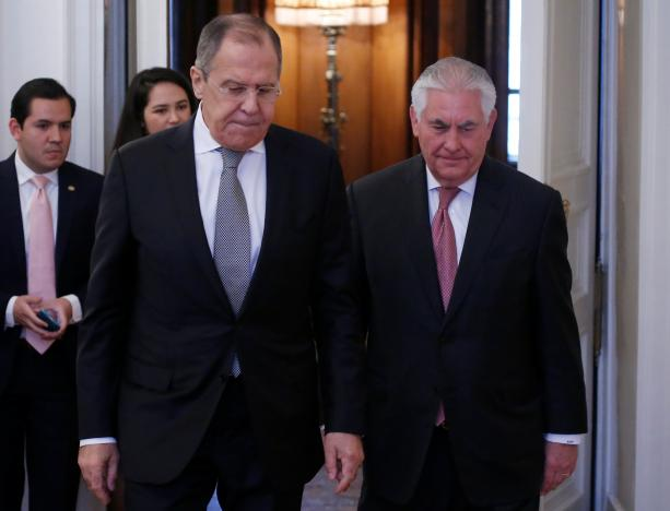 Tillerson, Lavrov Meet for Talks in Moscow following Chemical Attack in Syria