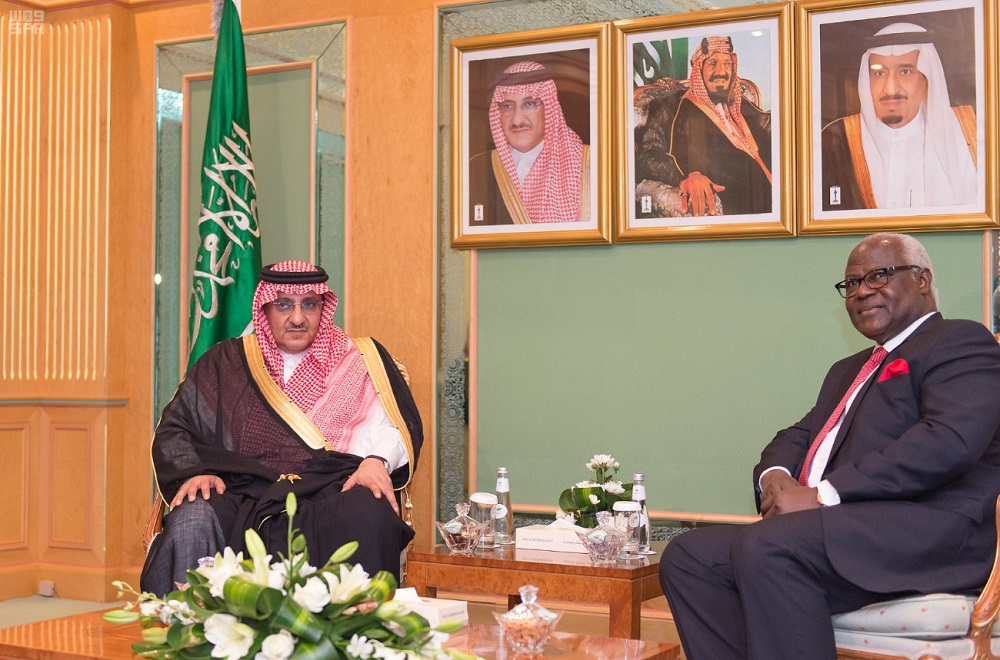 Crown Prince Discusses Security Cooperation with President of Sierra Leone