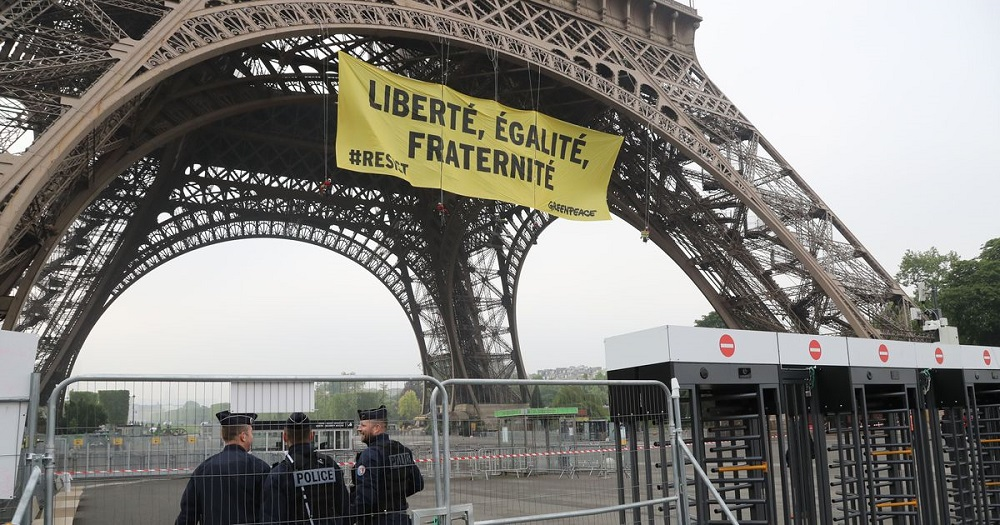Security Concerns Raised after Greenpeace Unfurls Political Banner on Eiffel Tower