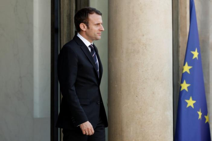 France's Macron Unveils Government with Mix of Political Hues