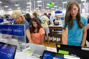 Customers at a Best Buy in Augusta, Ga., in 2014. CreditSara Caldwell/The Augusta Chronicle, via Associated Press