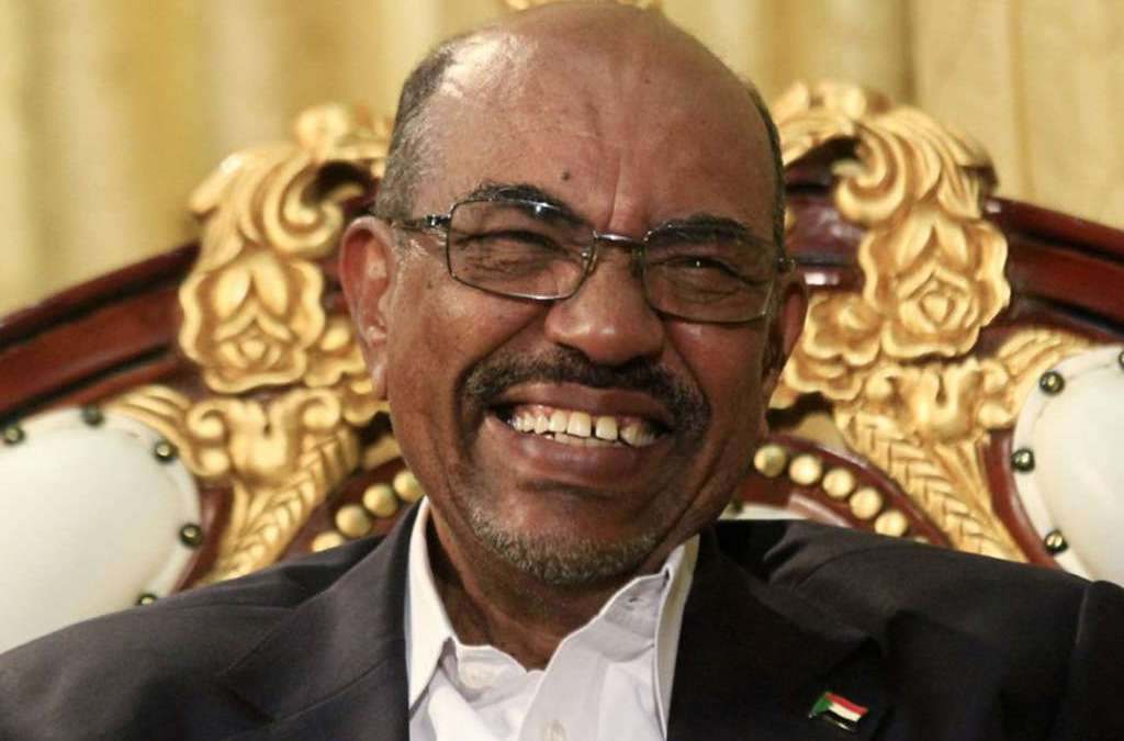 Sudan's Bashir Relieves Presidential Minister and Director of President's Offices