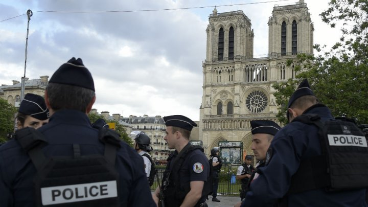 France Forms Counter-Terrorism Task Force a Day after Notre Dame Attack