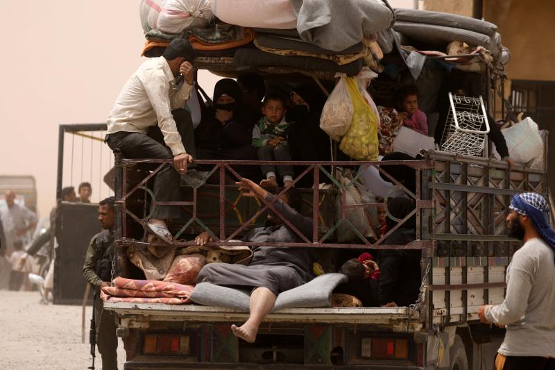 UN: More than 40,000 Children Caught in Raqqa Crossfire