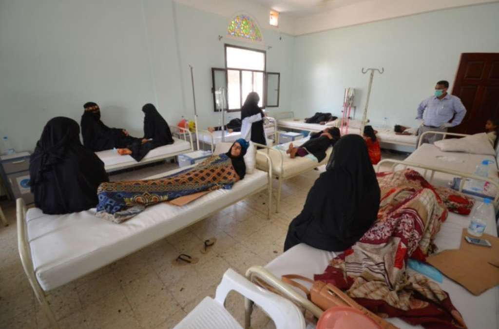 Houthi Insurgents Accused of Selling Free Cholera Medicines