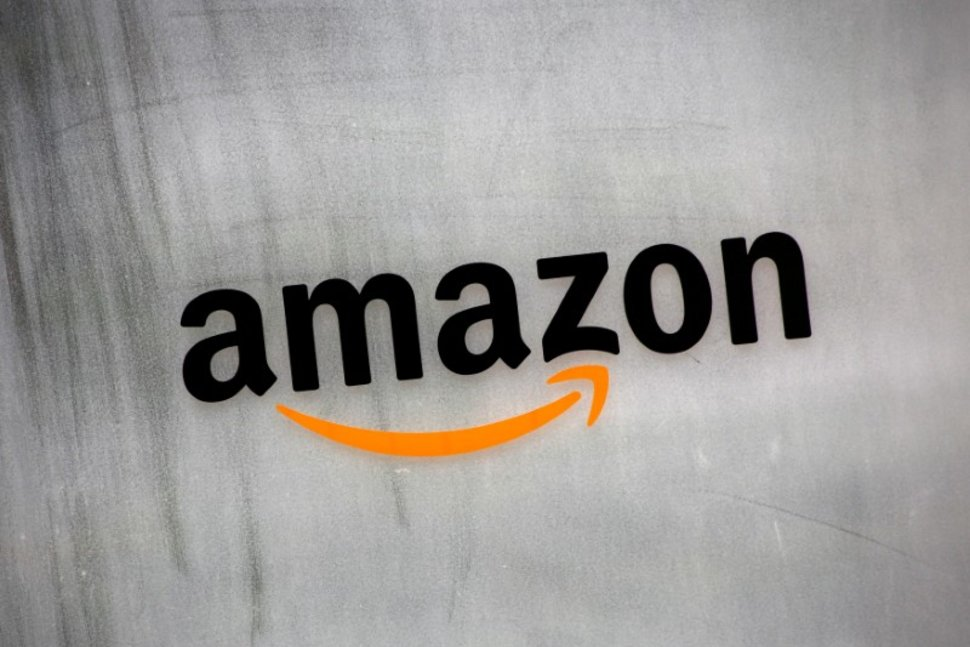 Amazon Invades Chat World to Compete with WhatsApp