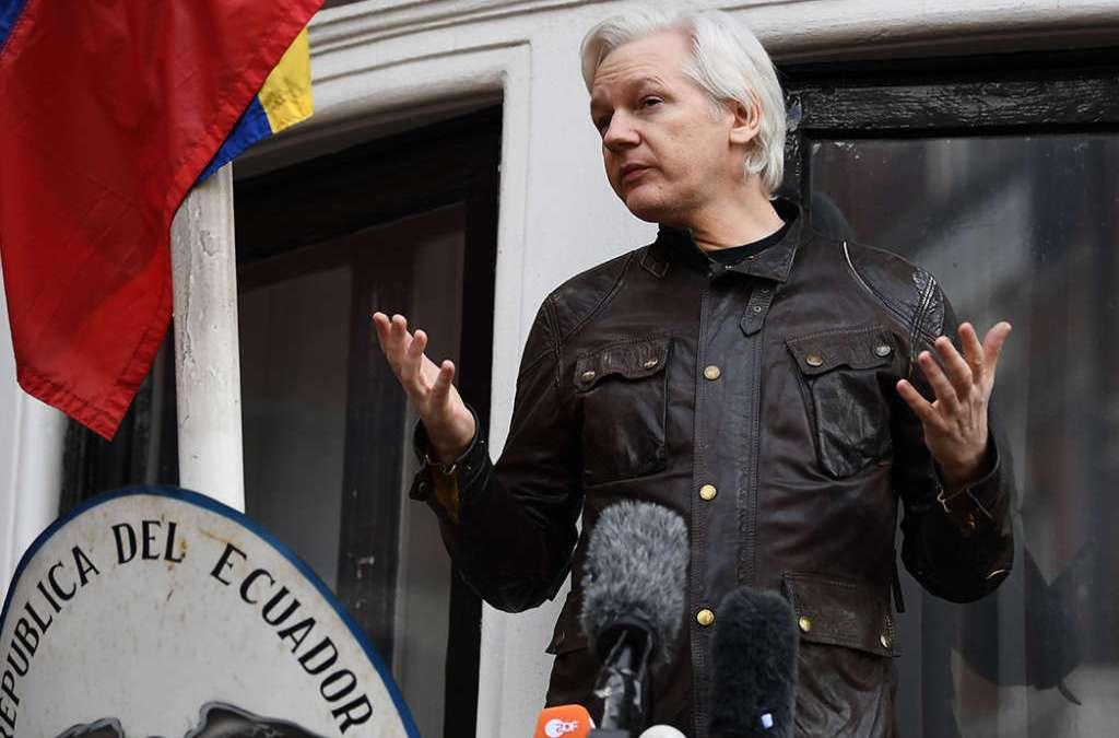 Julian Assange Joins Trump's War on CNN