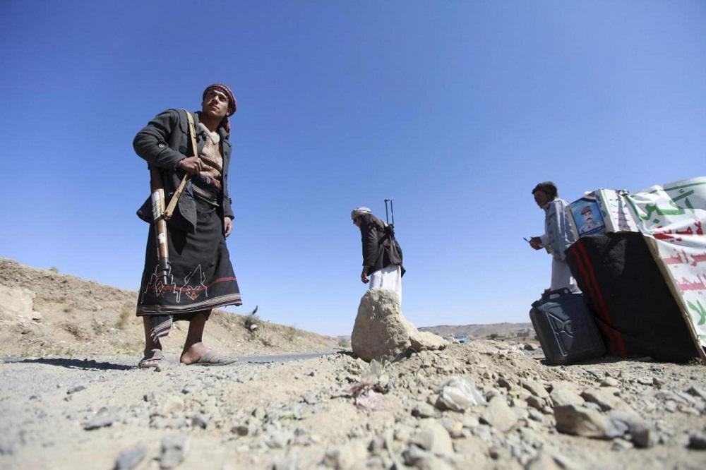 Yemeni Insurgents Fight Unemployment with 'Combat' Jobs