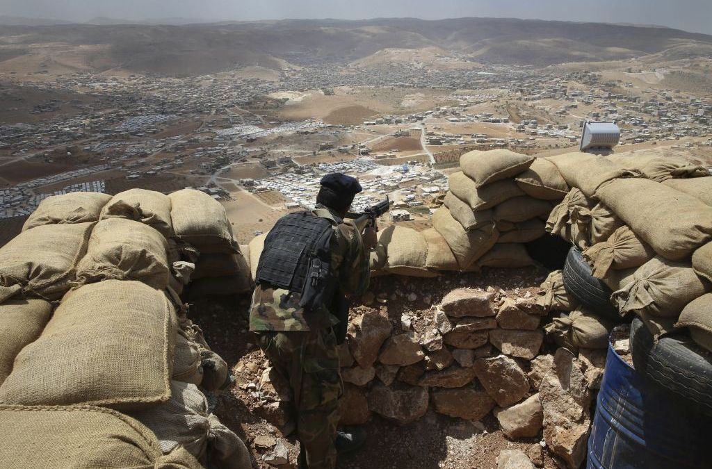 Lebanon to Resolve Syrian Rebel Group Withdrawal ahead of ISIS Border Battle