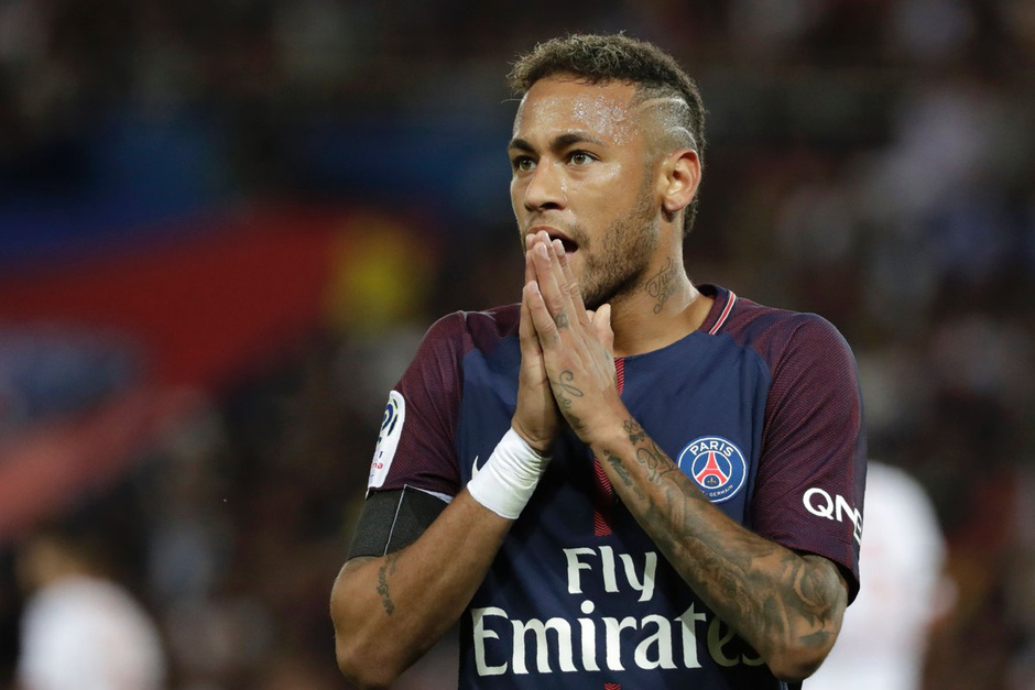 Barcelona Suing Neymar for Breach of Contract