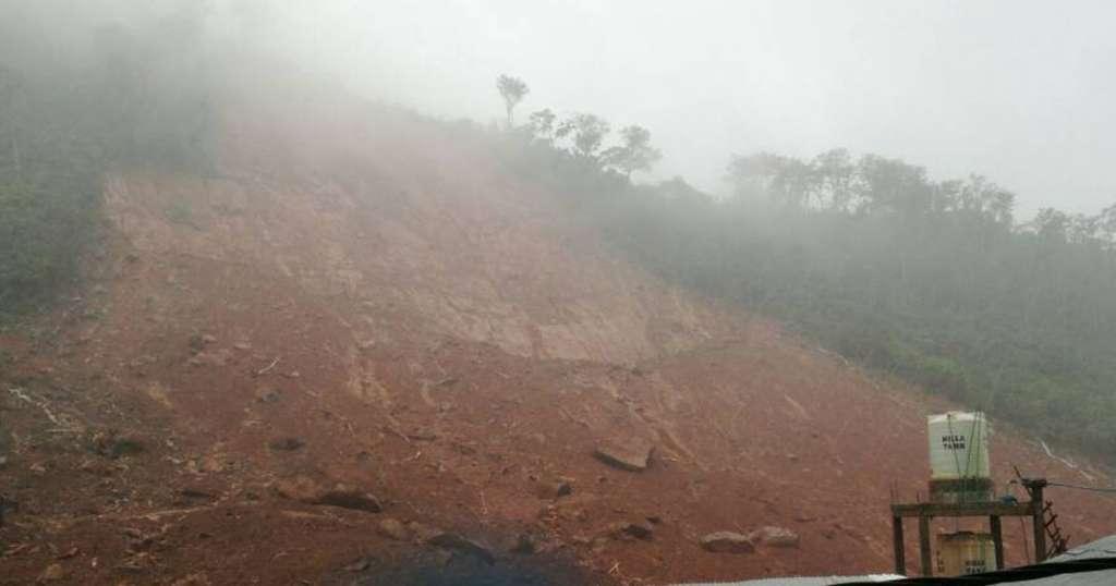 Hundreds Probably Dead under Rubble in Sierra Leone Mudslide