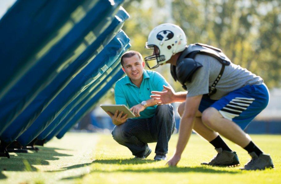Football Helmet Smartfoam to Measure Severity of Head Injuries