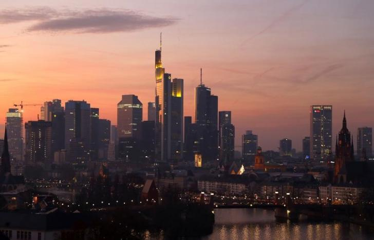 Germany's Financial Capital Vacates Homes to Defuse WWII  Bomb