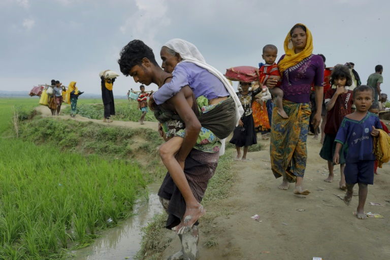 UN Warns of Catastrophe as 150,000 People Flee Myanmar for Bangladesh