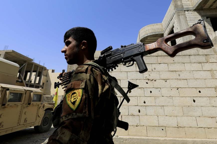 Asharq Al-Awsat in Raqqa… Battles and Smoke Pending Liberation