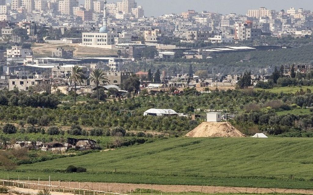 Abbas to Visit Gaza as Details of Fatah-Hamas Deal Emerge