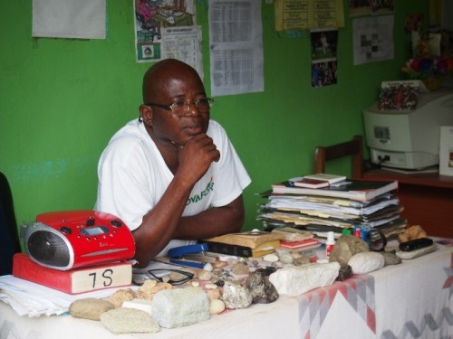 An officer who was in charge of mining in a countryside of Liberia. He answered questions from the Director General at DFP (Photo by DFP, 2014, in Liberia)