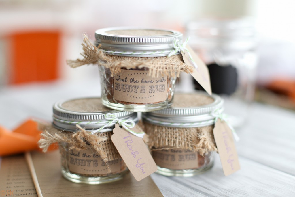 Cool DIY Wedding Favors  Engaged and Puzzled