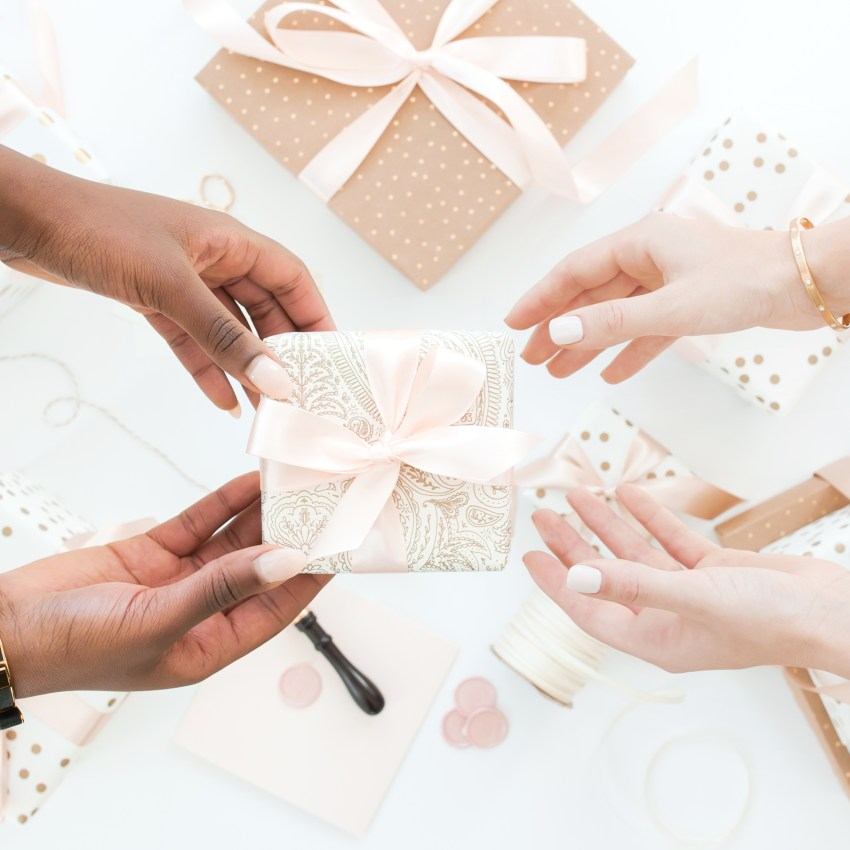 Here is a list of the 7 best wedding planner gifts to share with your family when they ask what you want for the holidays this year. 316 Restored, become a wedding planner tips, Cricut, Event Planner, how to become a wedding planner, PicMonkey, Simplified Planner, Wedding Business, Wedding career, wedding planner business, wedding planner education, Wedding Planner Gift Ideas, Wedding Planner products, wedding planner tools, wedding stock images